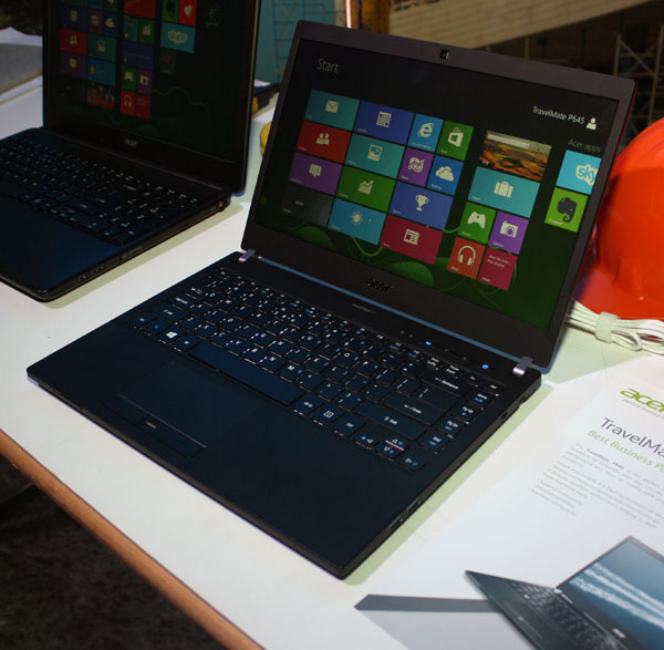 Acer's 11-inch X313 hybrid looks to battle Microsoft's Surface Pro 2