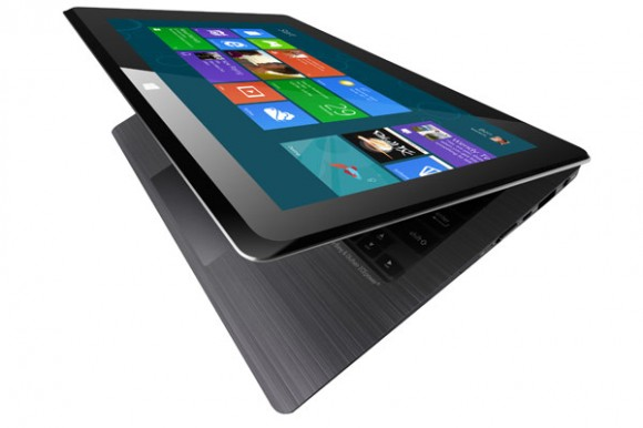 Asus Taichi, ultrabook-tablet dualscreen