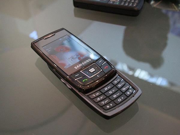 Cebit 2008 riepilogo conclusivo smartphone e telefoni cellulari notebook italia - Samsung dive italia ...