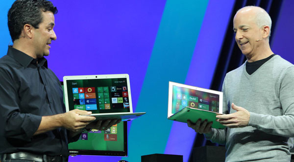 Una coppia di portatili Windows 8 esibiti al Microsoft BUILD