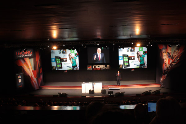 Windows Phone 7 presentazione Ballmer