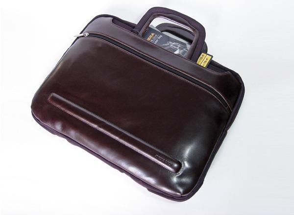 borsa notebook pelle