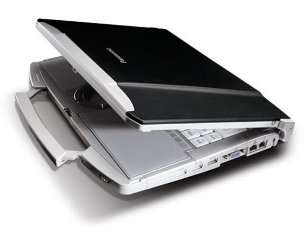 Panasonic Toughbook CF-F8 a prova di estate
