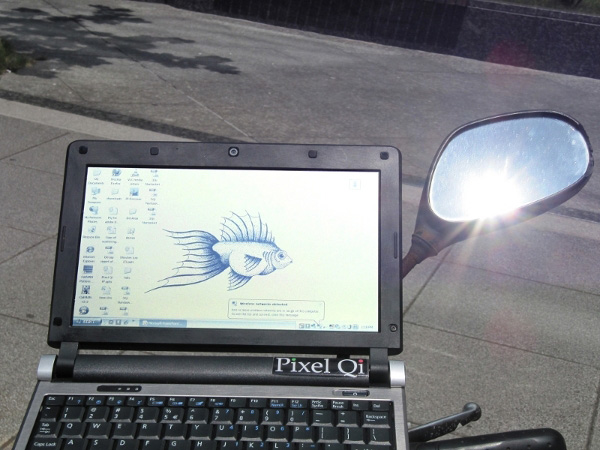 netbook con display Pixel Qi