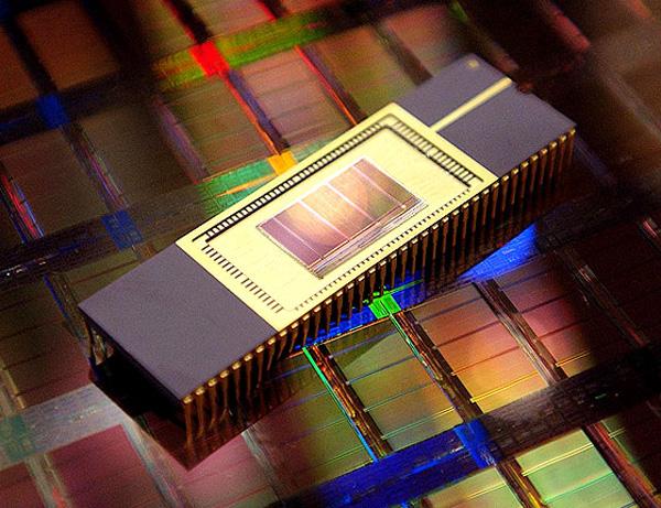 Samsung realizza memoria DDR3 da 4Gb e 50nm
