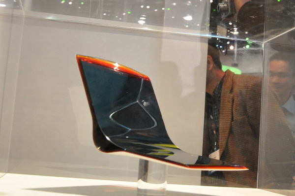 Sony Vaio notebook concept con display OLED