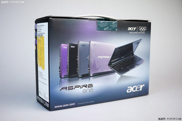 Confezione del netbook Acer Aspire One D260