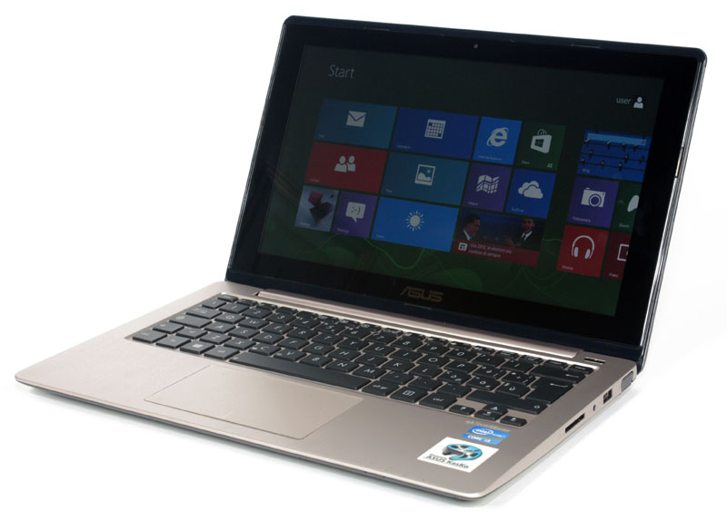 La Metro UI di Windows 8 sul notebook touchscreen Asus Vivobook S200E
