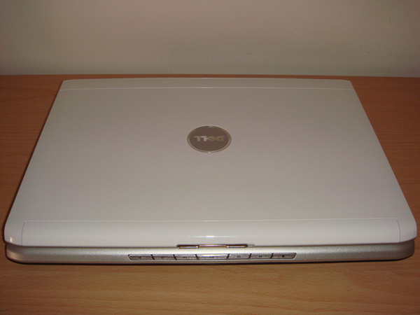 Dell Inspiron 1520 cover