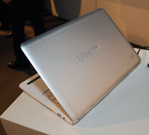 Intel Ultrabook touchscreen