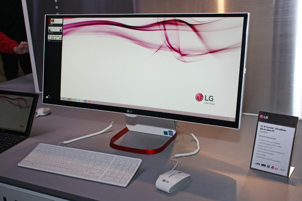 LG Curved UltraWide All-In-One PC da 29 pollici