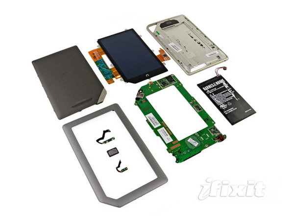 Nook tablet disassemblato