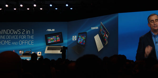 Il tablet convertibile 5in1 toshiba al keynote di Intel
