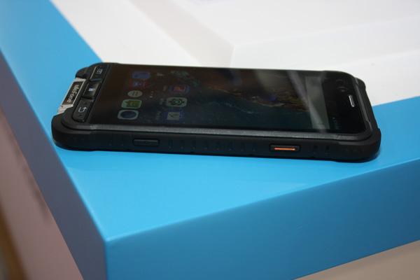 ulefone armor dal vivo rugged smartphone ip68 con